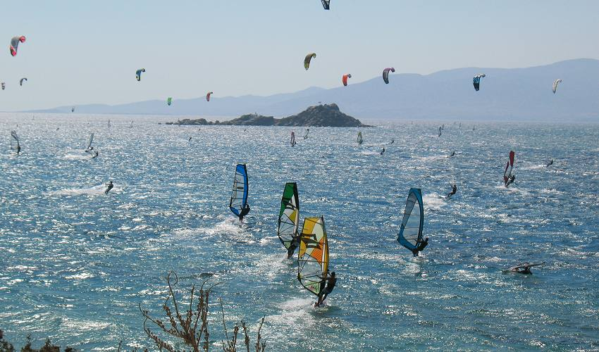 Windsurfing, kitesurfing at Mikri Vigla and Orkos